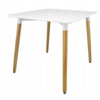 Jedálenský  stol