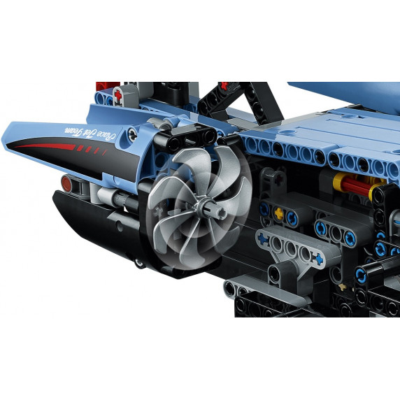 LEGO Technic - Pretekárska stíhačka 42066